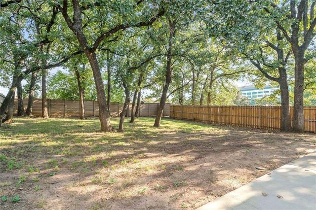 800 Forest Hollow Drive Hurst, TX 76053