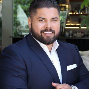JP Peña, Agent in Los Angeles - Compass