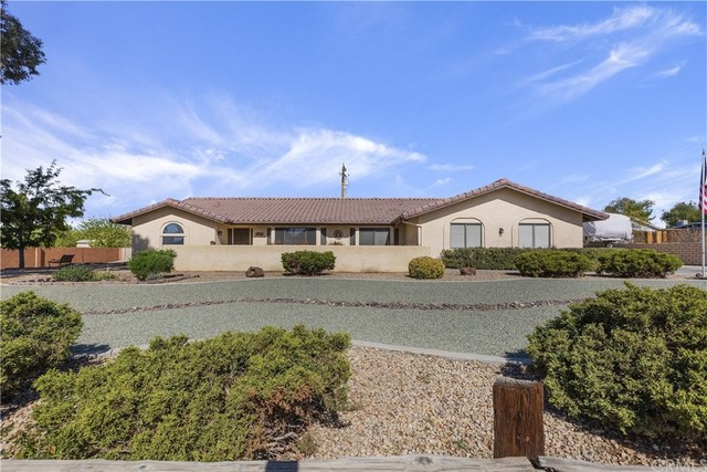 19466 Corwin Road Apple Valley, CA 92307