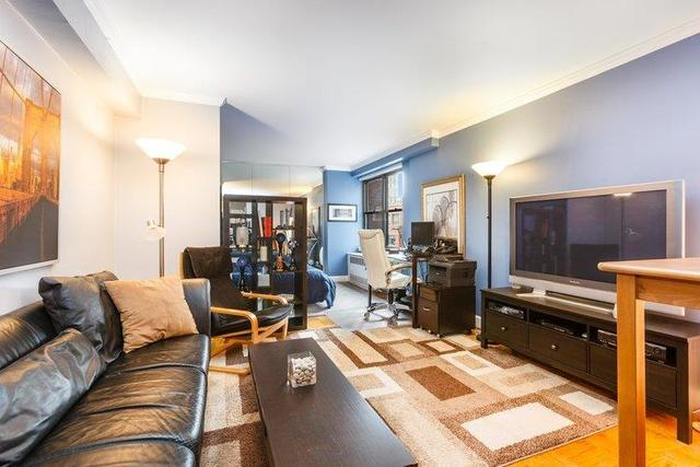345 East 81st Street, Unit 8G Image #1