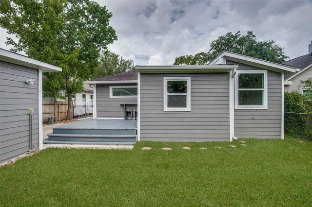 2028 Gostick Street Houston, TX 77008