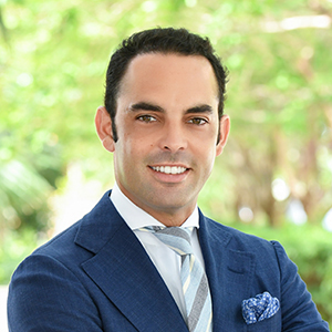 Luis Gonell, Agent in Miami - Compass