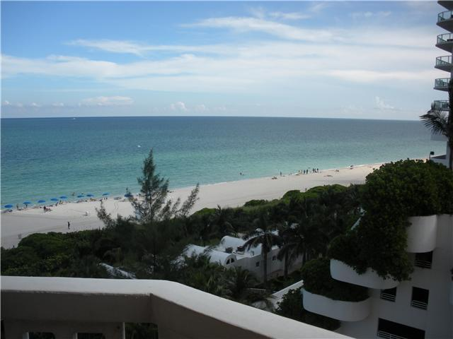 6423 Collins Avenue, Unit 804 Image #1