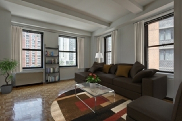 75 West Street, Unit 8G Image #1