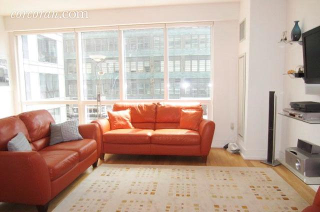 350 West 42nd Street, Unit 10J Image #1