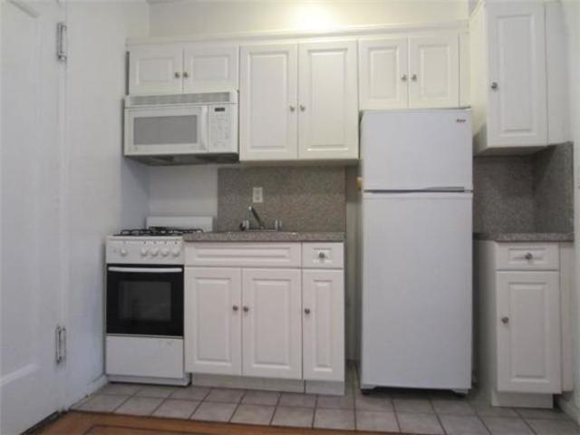 212 West 22nd Street, Unit 6H Image #1