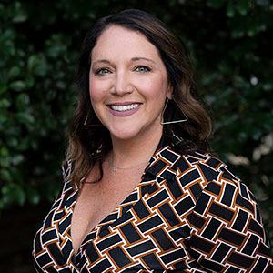Andrea Adams-Hughes, Agent in Greater Philadelphia - Compass