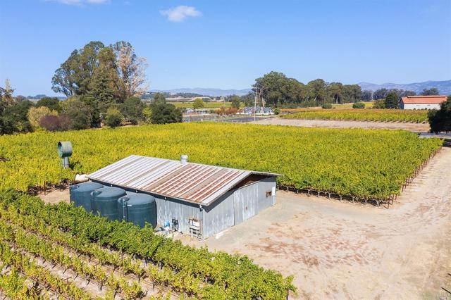 1221 Cuttings Wharf Road Napa, CA 94559