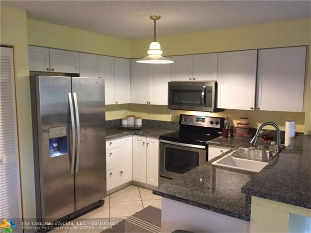 1766 Southwest 110th Terrace, Unit 1766 Image #1
