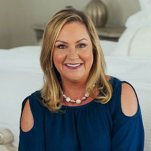 Debbie Beam,                       Agent in Nashville - Compass