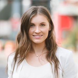 Larisa Bordanova,                     Agent in NYC - Compass