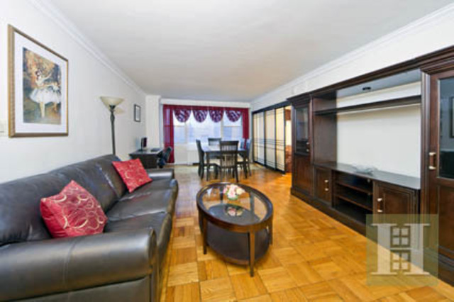440 East 62nd Street, Unit 16H Image #1