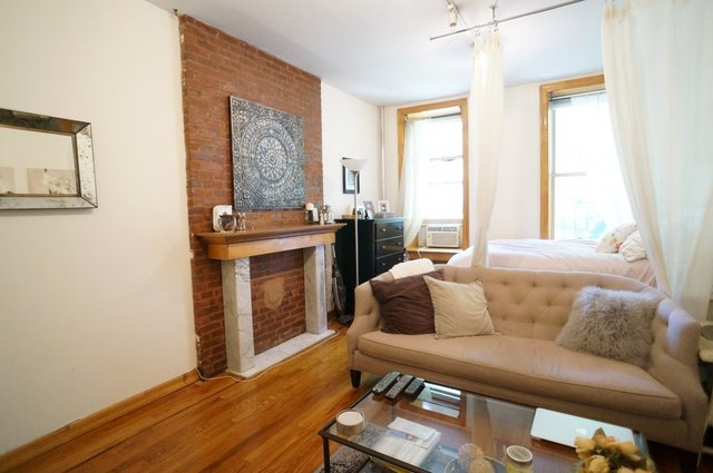 146 West 10th Street, Unit 2B Image #1