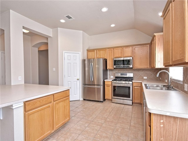 3806 Vallarta Lane Round Rock, TX 78681