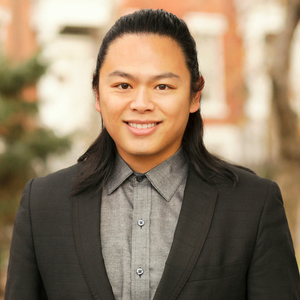 Howah Hung,                       Agent in NYC - Compass