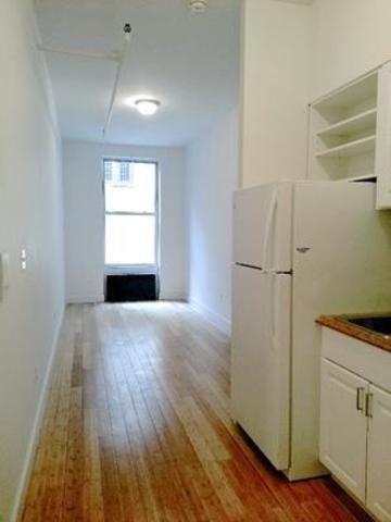 336 West 19th Street, Unit 2D Image #1