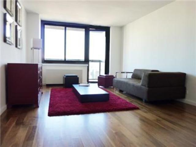 515 East 72nd Street, Unit 27J Image #1