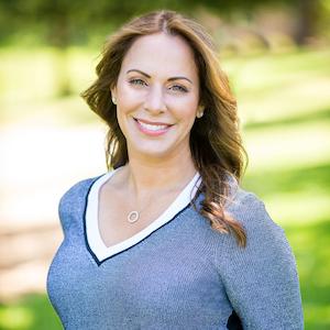 Jennifer Siem-Oldham,                     Agent in San Francisco - Compass