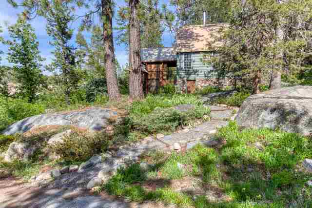 25 South Yuba Drive Soda Springs, CA 95728