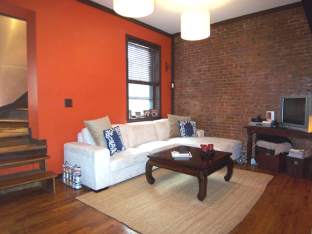 169 West 73rd Street, Unit 6 Image #1