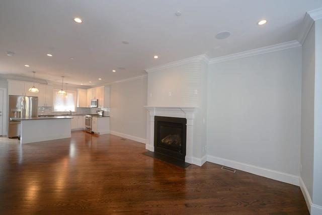 671 East 5th Street, Unit 1 Image #1