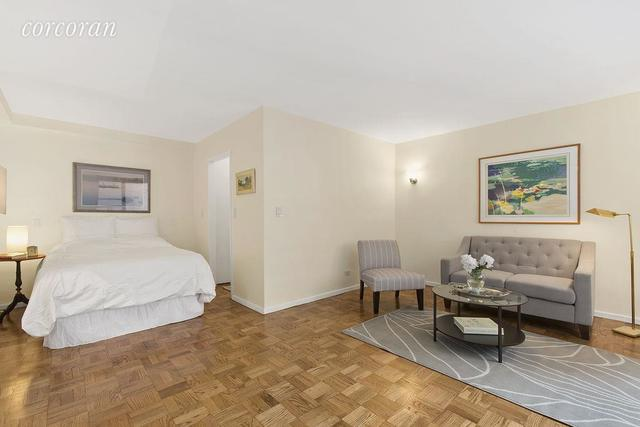 123 East 75th Street, Unit 4A Image #1