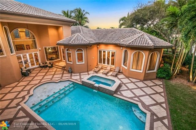492 Sweet Bay Avenue Plantation, FL 33324