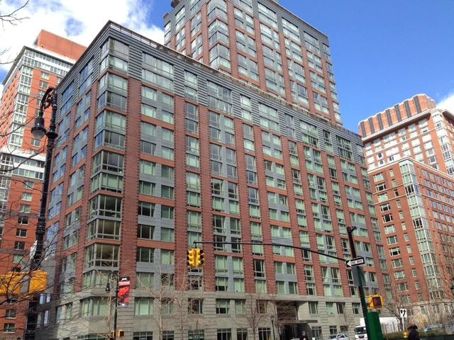 211 North End Avenue, Unit 25F Image #1
