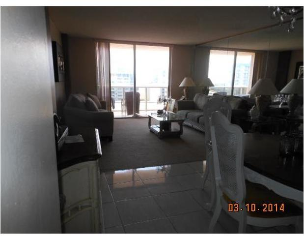 6039 Collins Avenue, Unit 1234 Image #1