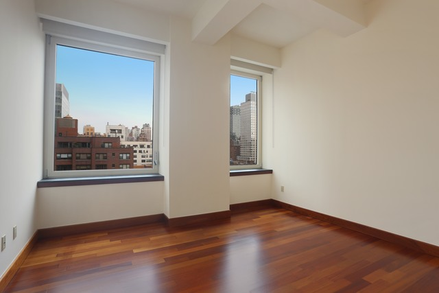 305 East 63rd Street, Unit 10B Manhattan, NY 10065