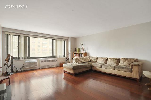 195 Willoughby Avenue, Unit 412 Image #1