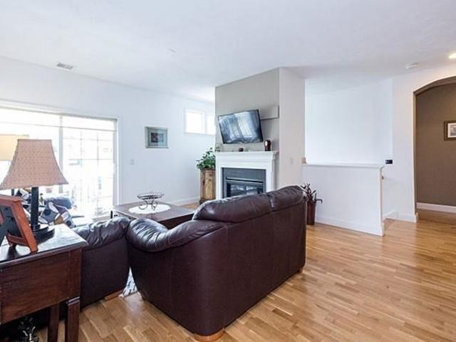 46 Seven Springs Lane, Unit E Image #1