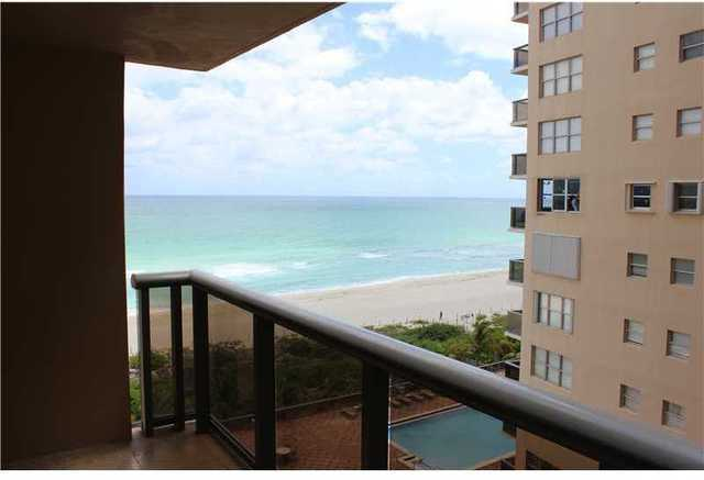 6039 Collins Avenue, Unit 916 Image #1