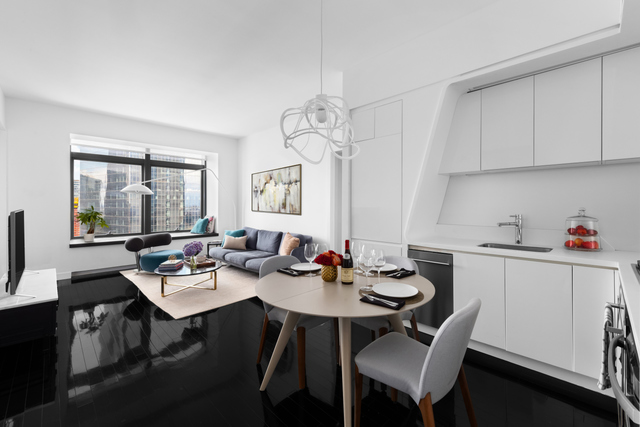 123 Washington Street, Unit PH56D Manhattan, NY 10006