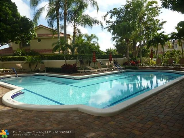 3422 Deer Creek Palladian Circle Deerfield Beach, FL 33442