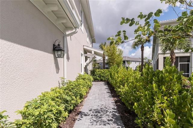6966 Avalon Circle, Unit 904 Naples, FL 34112