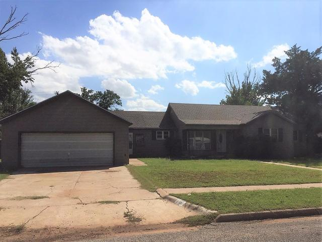 404 East Lincoln Avenue Morton, TX 79346