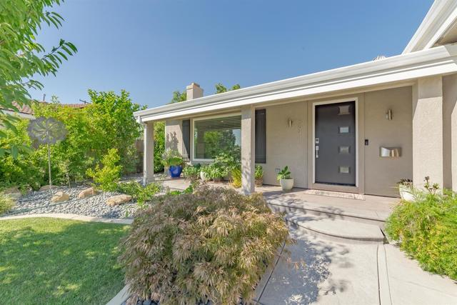 5941 Brandon Way Sacramento, CA 95820