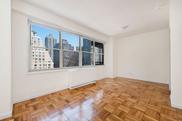 185 East 85th Street, Unit 6N Image #1