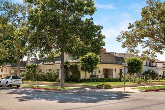 200 South Bedford Drive Beverly Hills, CA 90212