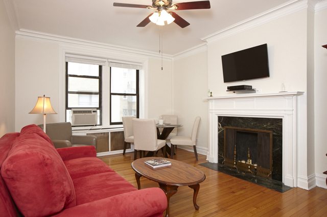 135 West 58th Street, Unit 3D Image #1