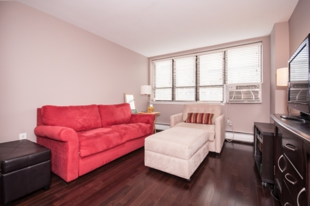 301 West 110th Street, Unit 1P Image #1