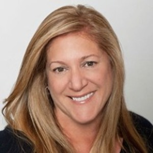 Lisa Ierulli-Clark,                     Agent in San Francisco - Compass
