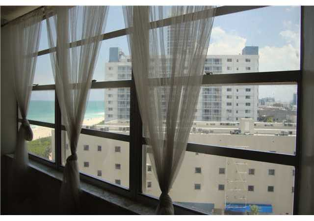 7135 Collins Avenue, Unit 811 Image #1