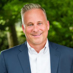 Kevin Grolig, Agent in DC - Compass