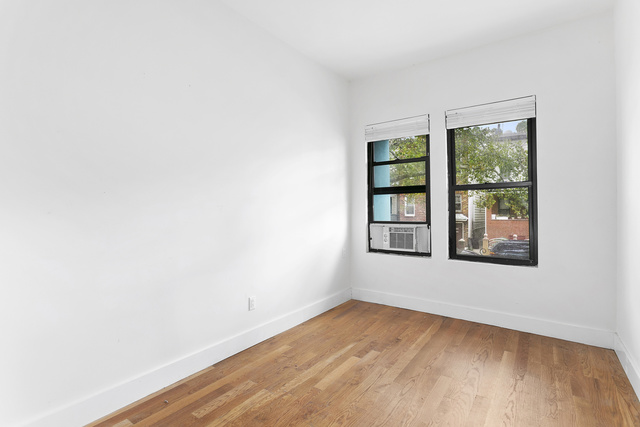 342 East 9th Street Brooklyn, NY 11218
