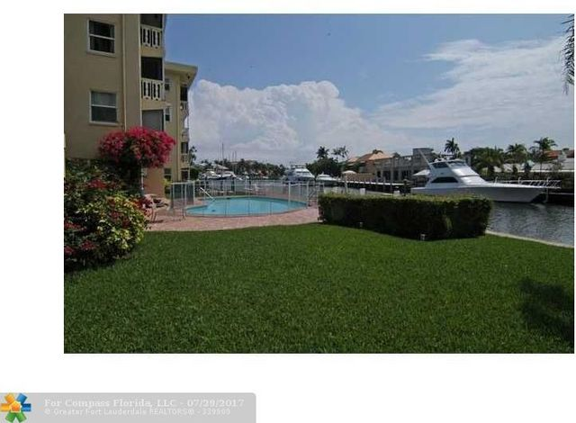 1332 Bayview Drive, Unit 103 Image #1
