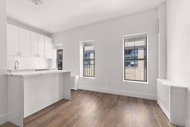 803 Washington Street, Unit 3 Manhattan, NY 10014
