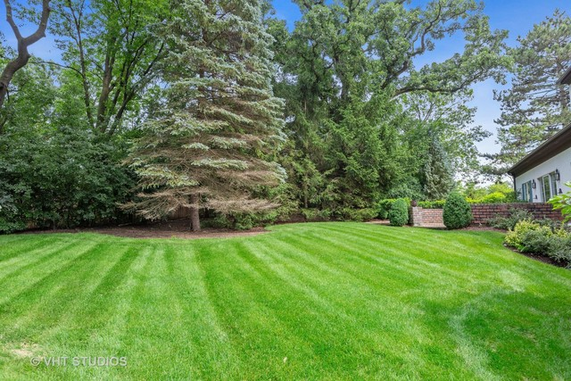 203 Burr Ridge Club Burr Ridge, IL 60527