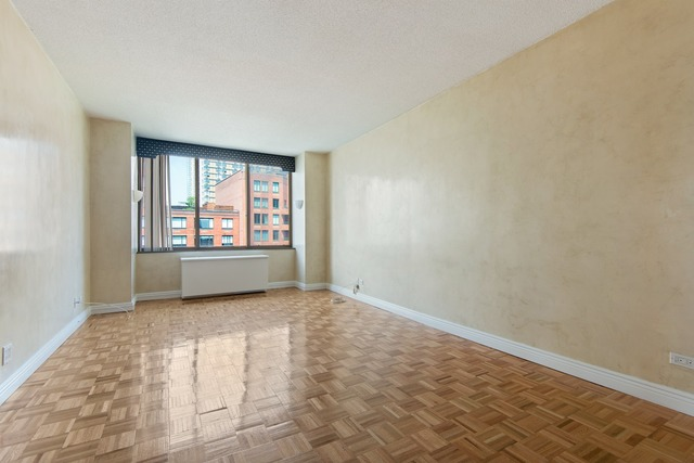 380 Rector Place, Unit 11B Image #1